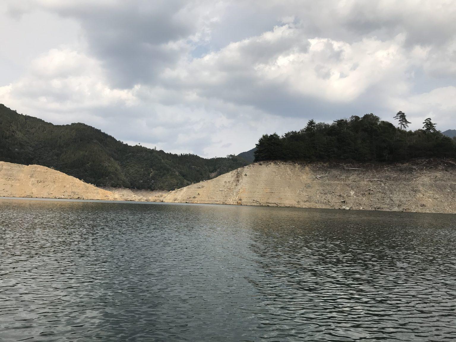 大減水の池原ダム